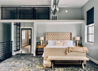 The Flats Luxury Suites is the best Cache Valley lodging, thanks to a vibe that's chic and sophisticated. Comfortable yet stylish, granting easy access to the best Logan has to offer.https://www.instagram.com/AwCreativeUT/https://www.awedcreative.com/#AwCreativeUT #awcreative #AdamWinger Adam Winger
